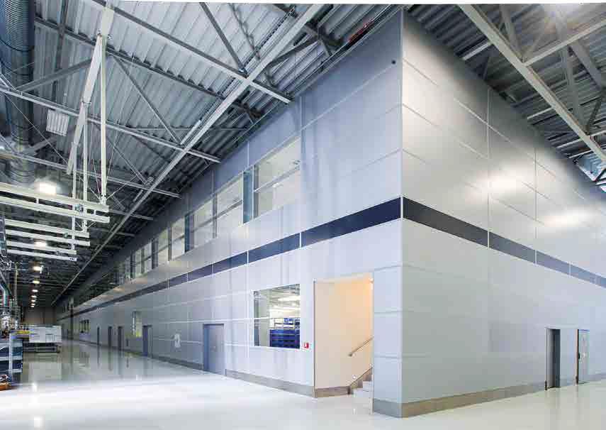 Ścianki przestawne w zabudowie przemysłowej hal