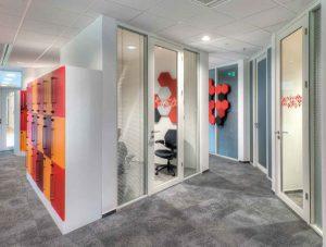 Więcej o: ścianki przestawne zabudowa biur
